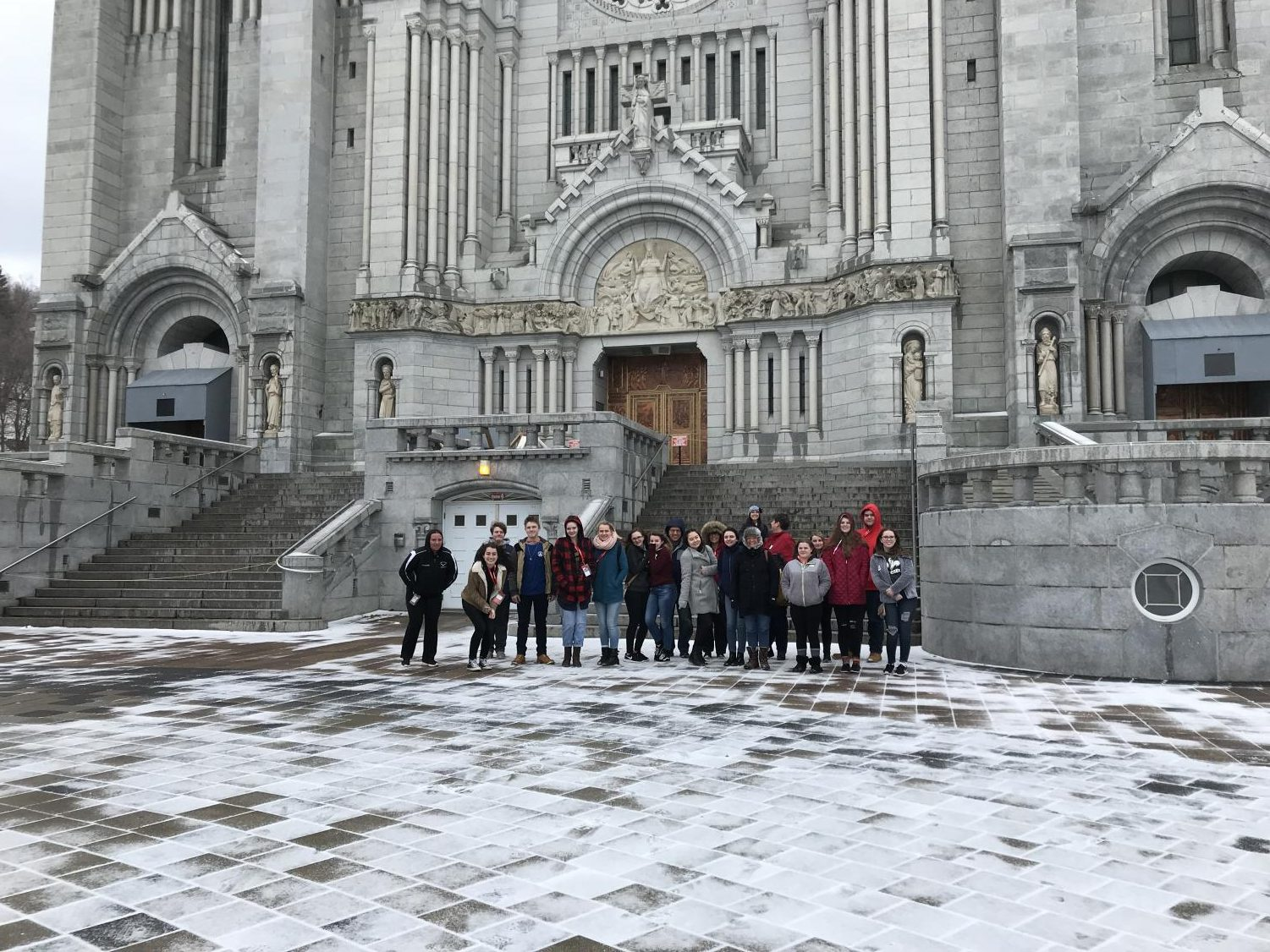 The Quebec trip participants in front of the Saint-Anne-De-Beaupre