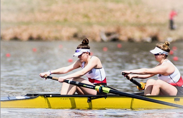 Maddie+Merritt%2C+a+PVRC+rower%2C+in+action+alongside+her+teammates+