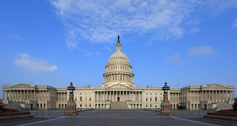 The+US.+Capitol+Building+houses+the+US+Senate+and+the+House+of+Representatives.+