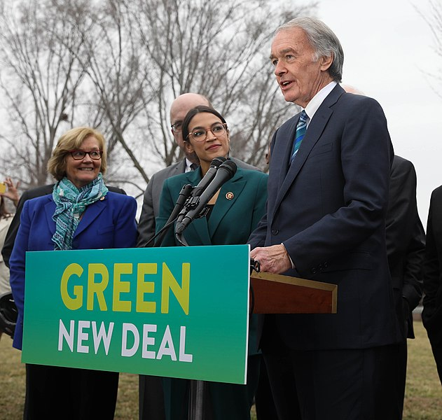 Representative+Alexandria+Ocasio-Cortez+and+Senator+Edward+Markey+advocate+for+the+Green+New+Deal.